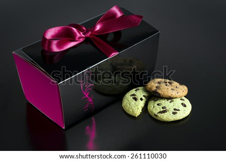 Chocolate chip cookies isolated on black / Chocolate chip cookie box / Chocolate chip gift box isolated on black