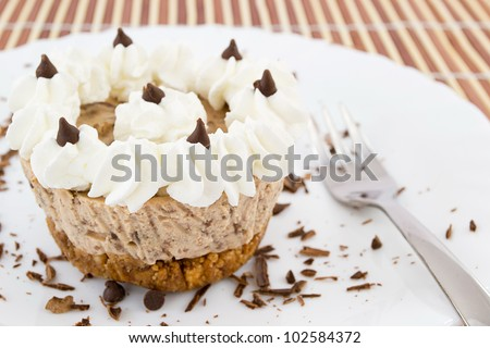 chocolate pie with whipped cream and philadelphia