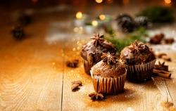 Christmas cinnamon muffins