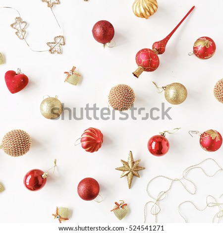 christmas decoration pattern, with christmas glass balls, tinsel, bow. christmas wallpaper. flat lay, top view #524541271