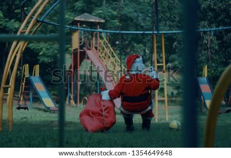 CHRISTMAS FESTIVAL SEASON