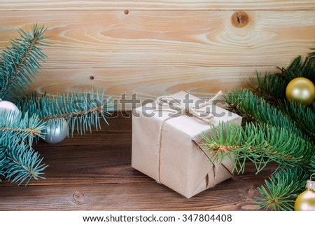 Christmas gifts packaged in kraft paper and jute rope constricted on
