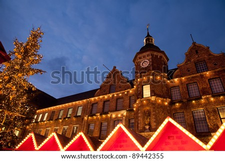 Christmas market and Altstadt town hall in Dusseldorf