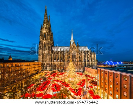 Shutterstock Christmas market in front of the Cathedral of Cologne, Germany