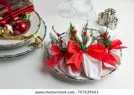 Christmas Napkins (fabric),napkin rings and Christmas ornaments in ...