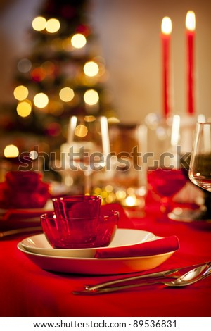 Christmas themed dinner table in the kitchen