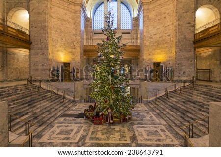 Christmas tree in Washington State Capitol. December, 17 2014 - Olympia, WA, USA. The main Christmas tree of the state was put up in Washington State Capitol.