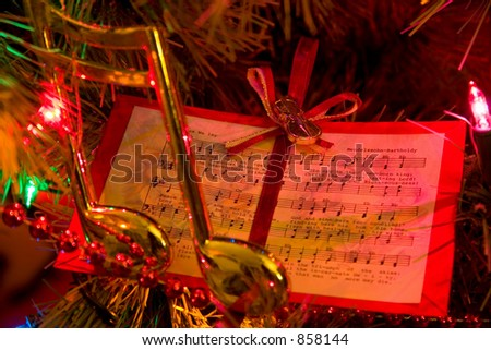 Music Christmas Tree Ornaments Christmas Tree With Music Note