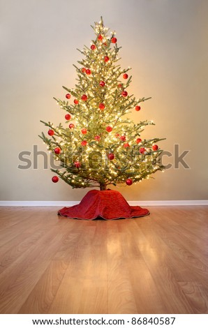 Christmas tree with red ball ornaments