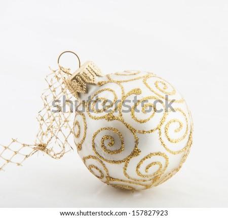 christmas white ball