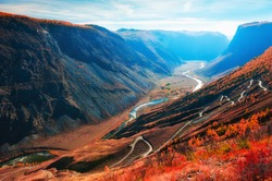 Chulyshman river gorge and view of Katu-Yaryk pass in Altai mountains, Siberia, Russia. Beautiful autumn landscape at sunrise