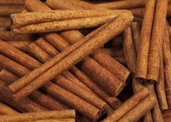 Cinnamon Bark, cinnamomum zeylanicum     ingredient