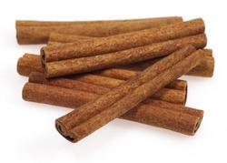 Cinnamon Bark, cinnamomum zeylanicum, Spice against White Background