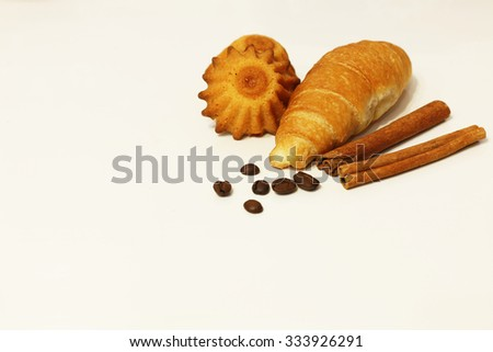 cinnamon muffins baked croissants #333926291