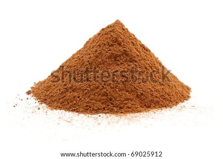 cinnamon powder isolated
