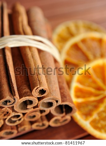Cinnamon sticks and dried orange cuts