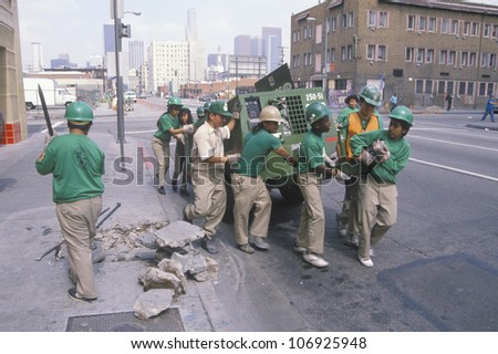 CIRCA 1990 - Urban cleanup crew in Los Angeles on Earth Day