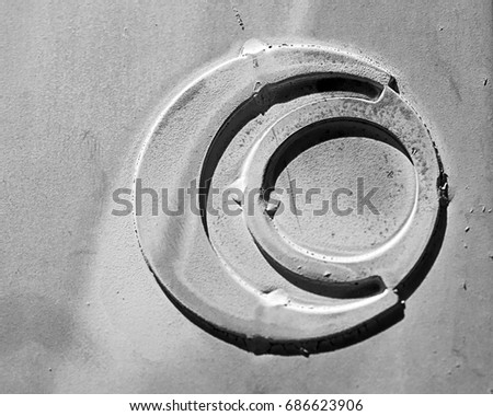 Circle in a circle #686623906