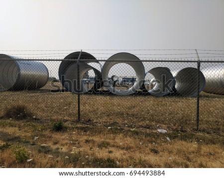 Circle pipes #694493884