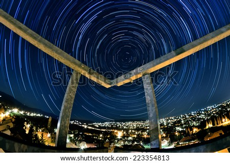Circular star trail