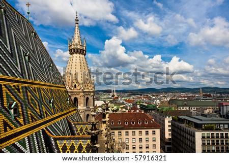 Najlepše Evropske destinacije Stock-photo-city-view-from-sct-stephan-cathedral-roof-57916321