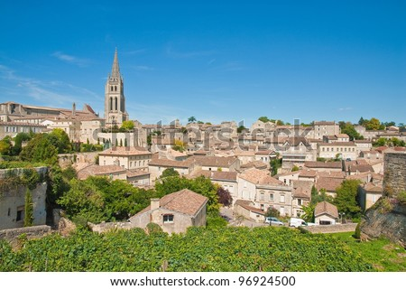 Cityscape of central Saint-Emilion, Gironde, Aquitaine, France  (A UNESCO World Heritage Site)