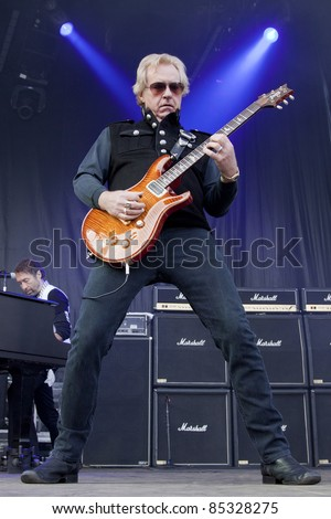 CLARK, NJ - SEPT 17: Guitar player Howard Leese performs with The Paul Rodgers Band at the Union County Music Fest on September 17, 2011 in Clark, NJ. Leese was also the guitarist for the band Heart.