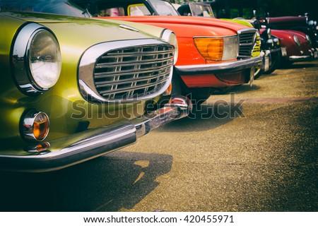 "stock photo classic cars in a row vintage retro color effect style 420455971 - Каталог - Фотообои ""Автомобили"""