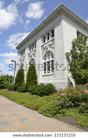 classical style building on a college campus