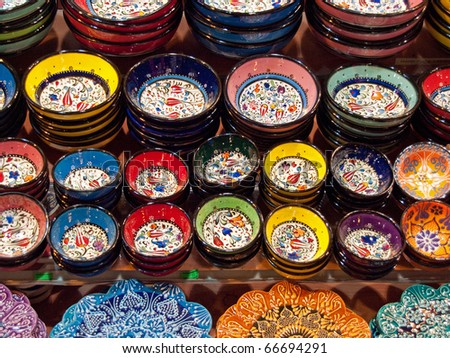 Classical Turkish ceramics on the Istanbul Grand Bazaar.