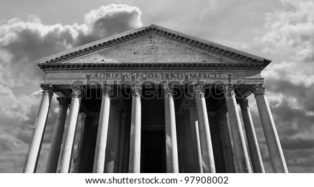 Classical view of the Roman Pantheon in Rome, Italy