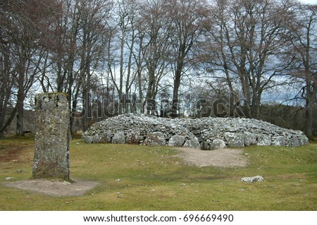Clava Cairns Standing Stones and burial chamber