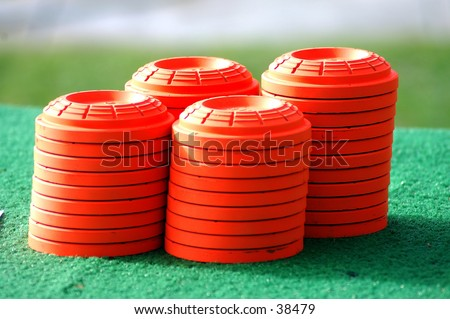 clay pigeons, trap targets