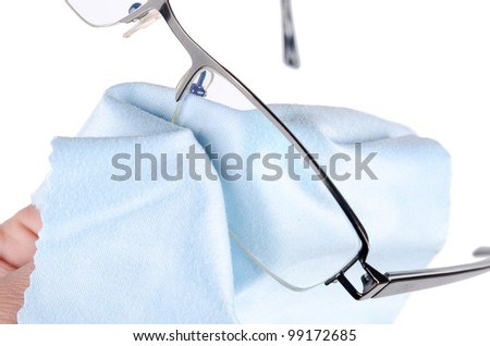 Cleaning glasses