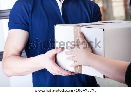Client and courier during order transfer, horizontal