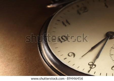 clock antique