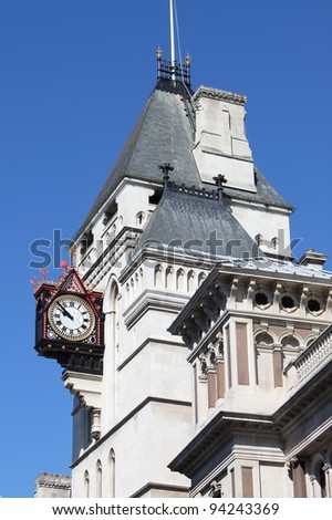 Clock at Royal Court of Justice in London, UK
