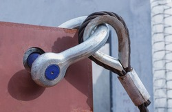 Close up anchor,shackle lock wiht wire rope sling construction