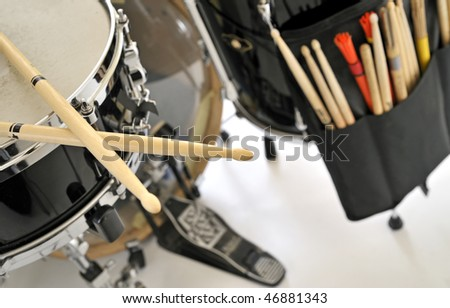 close up drum with drumsticks