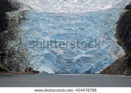 Close-up of a glacier in the Beagle Channel, Tierra del Fuego, Patagonia (Glacier Alley) stock photo