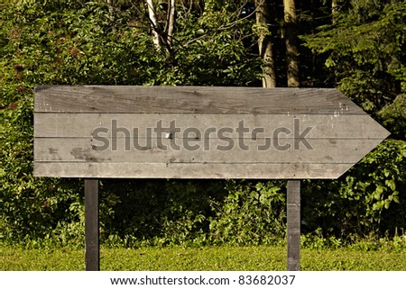 close up of an empty wooden sign