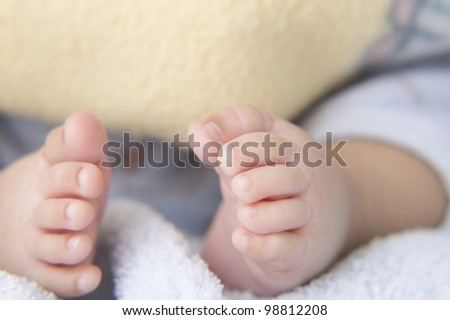 Close up of baby's bare feet