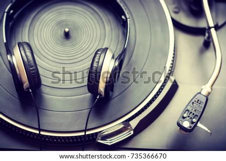 Close up of headphones on turntable #735366670