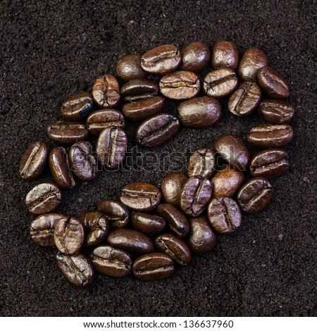 Close up of tile of coffee beans