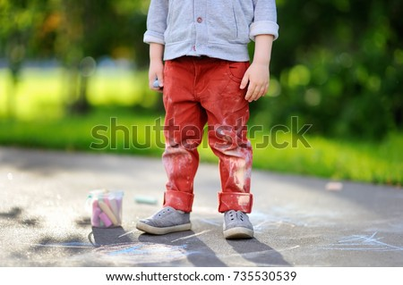 close up photo of little kid...