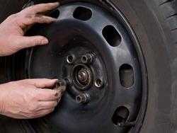 Close up photo of wheel change