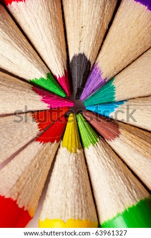 close-up picture of multicolor pencils