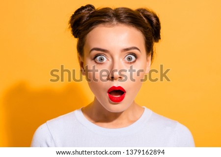 Close-up portrait of her she nice attractive lovely puzzled girl opened mouth stunning news isolated over bright vivid shine yellow background