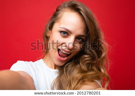 Close-up portrait of nice-looking attractive lovely lovable pretty cute winsome gorgeous cheerful cheery wavy-haired blonde woman isolated on pastel color background wearing stylish clothes. Selfie Photo stock ©