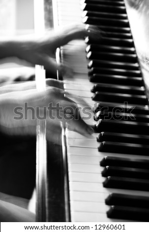 Close up to pianist's hands
